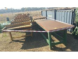 lot-assorted-steel-workbenches-with-rollers-site-3-sebenza-safety-zandfontein-pretoria