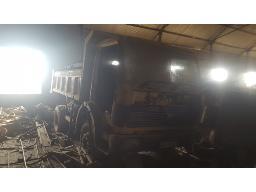mercedes-benz-1413-4x2-10m-tipper-truck-non-runner