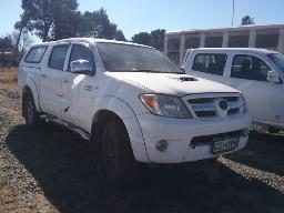 2008-toyota-hilux-3-0d-4d-p-u-d-c-non-runner-starter-faulty-8pc-buyers-commission-will-be-charged