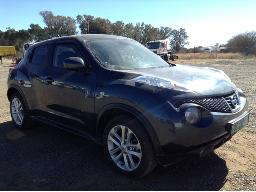 2011-nissan-juke-1-6-acenta-hail-damage-dents-scratches