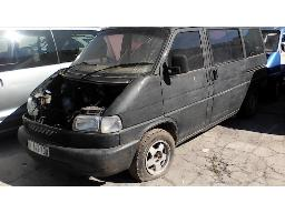 2003-volkswagen-t4-2-5-tdi-highline-badly-stripped-damage-non-runner