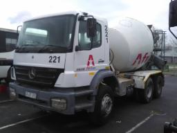 2007-mercedes-benz-2826-mixer-truck