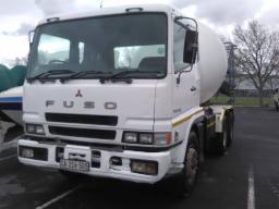 2007-mitsubishi-fuso-31-310-mixer-truck-resprayed