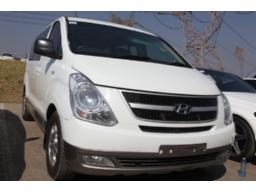 hyundai-h1-2-4-wagon-gls-a-t-8-seater