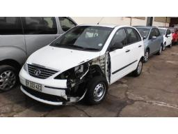 2013-tata-indica-vista-1-4-ignis-accident-damage-non-runner