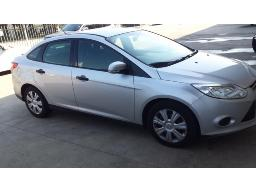 2012-ford-focus-1-6-ti-vct-ambiente