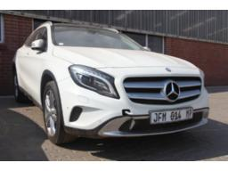 mercedes-benz-gla-220-cdi-4-matic