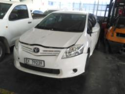 2012-toyota-auris-1-3-x-no-battery-non-runner