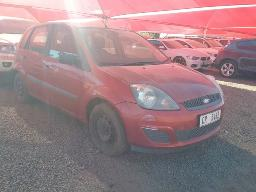 2007-ford-fiesta-1-4i-trend-3dr-dents-scratches-along-body-panels