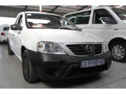 nissan-np200-1-6-m-t