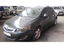 2011-opel-astra-1-4t-enjoy-5dr-car-cuts-out-water-leak-non-runner