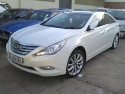 2011-hyundai-sonata-2-4-gls-executive-a-t-engine-stripped-no-key-non-runner
