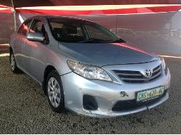 2011-toyota-corolla-1-6-professional-bonnet-faulty-front-bumper-damaged-body-panels-dented-scratched