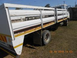 2013-nissan-ud60-205803km-to-be-collected-in-butterworth-non-runner-engine-turns-