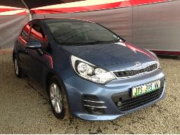 2017-kia-rio-1-4-5dr-windscreen-cracked-body-panels-scratched