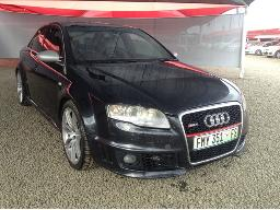 2007-audi-rs4-quattro-resprayed