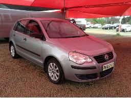 2008-volkswagen-polo-1-4-trendline-left-rear-door-dented-body-panels-scratched