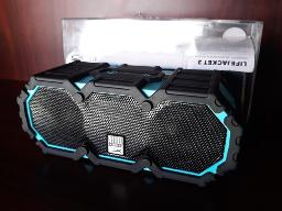 altec-lansing-life-jacket-outdoor-bluetooth-speaker-aqua