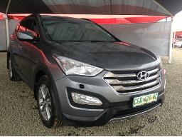 2013-hyundai-santa-fe-r2-2-awd-exec-7s-a-t-body-panels-scratched-chipmarks-on-the-bonnet