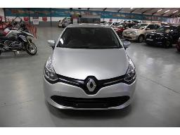 2016-renault-clio-iv-900t-expression-body-work-done