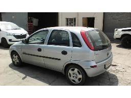 2003-opel-corsa-1-6-elegance-non-runner-faulty-ignition-all-locks-broken