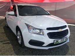 2015-chevrolet-cruze-1-6-l-body-panels-dented-scratched-resprayed