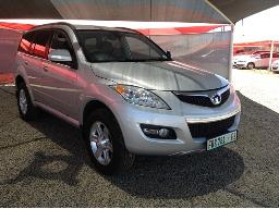 2015-gwm-h5-2-4-front-bumper-resprayed-body-panels-dented-scratched