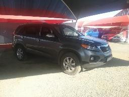 2010-kia-sorento-2-2d-a-t-front-bumper-scratched