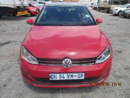 2014-volkswagen-golf-vii-1-4-tsi-highline