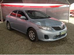 2011-toyota-corolla-1-6-professional-body-panels-scratched
