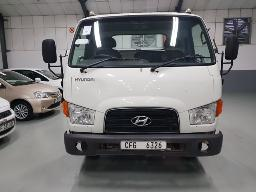 2015-hyundai-mighty-hd65-chassis-cab-no-battery-8pc-buyers-commission-will-be-charged