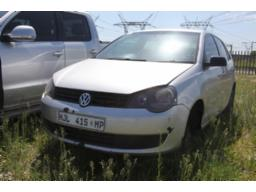 2014-vw-polo-vivo-1-4-bluemotion-69925-kms-