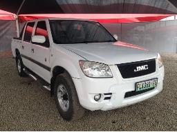 2014-jmc-boarding-2-8td-lux-4x4-p-u-d-c-body-panels-dented-scratched-resprayed