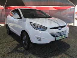 2014-hyundai-ix35-2-0-premium-slight-noise-in-the-engine-left-front-wheel-skew-body-panels-dented-scratched