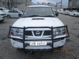 2010-nissan-np300-2-5-tdi-lwb-se