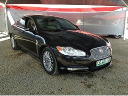2011-jaguar-xf-3-0-v6-premium-luxury-body-panels-scratched
