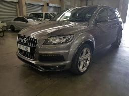 2013-audi-q7-4-2-tdi-a-t-sign-of-involvement-n-accident-rear-bad-paintwork-rear-boot-does-not-stay-up-bubbles-in-tyres-left-side-located-at-aucor-durban
