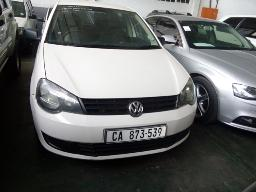 2014-volkswagen-polo-vivo-1-4-trendline-5dr-airbags-popped-suspension-problem