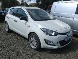 2014-hyundai-i20-1-2-motion-non-runner-ignition-faulty-8pc-buyers-commission-will-be-charged