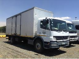 2010-mercedes-benz-atego-1528-54-s-axle-volume-body-truck