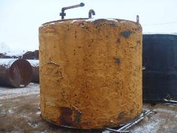 insulated-skidded-100bbl-tank-yellow-used-