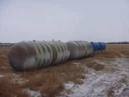 ribbed-hz-fiberglass-tanks-used-