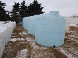 1250-gal-plastic-water-tanks
