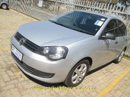 2012-vw-polo-vivo-1-4-blue-line-123248km