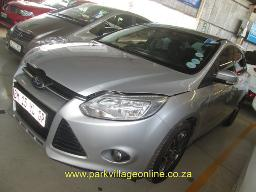2011-ford-focus-1-6-140084km