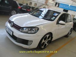 2011-vw-golf-vi-2-0-gti-no-lock-nut-needs-new-tyre-207076km