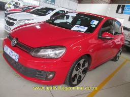 2010-vw-golf-gti-252010km