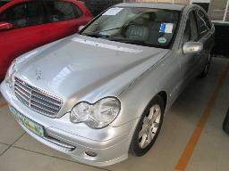 2006-mercedes-c-200-komp-driver-window-faulty-218386km