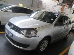 2013-vw-polo-vivo-1-6-trendline-spraywork-121161km