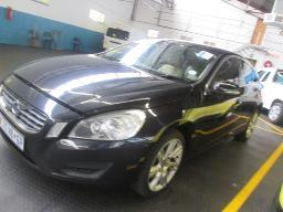 2011-volvo-s60-t6-96438km